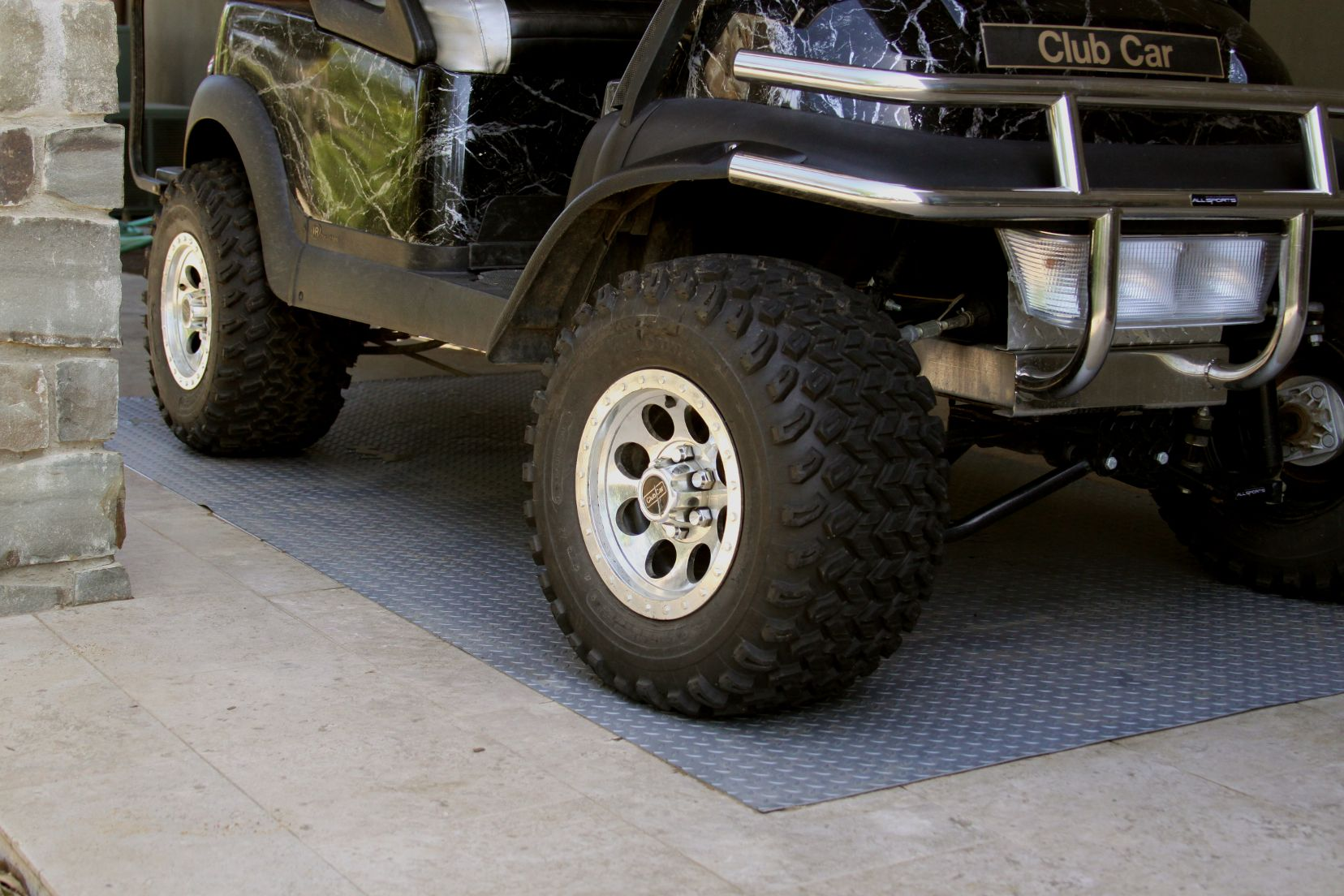 cheap garage flooring graphitetruck floor diamond mats mat deck ddgraphitetruck llc